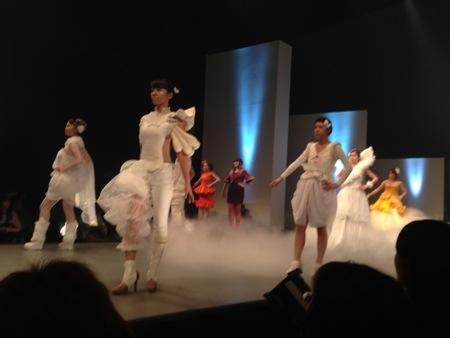 華やかなファッションショー2